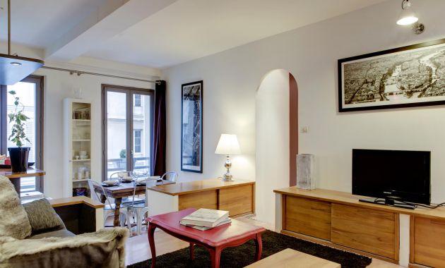 huis muur appartement paris location courte duree. Black Bedroom Furniture Sets. Home Design Ideas
